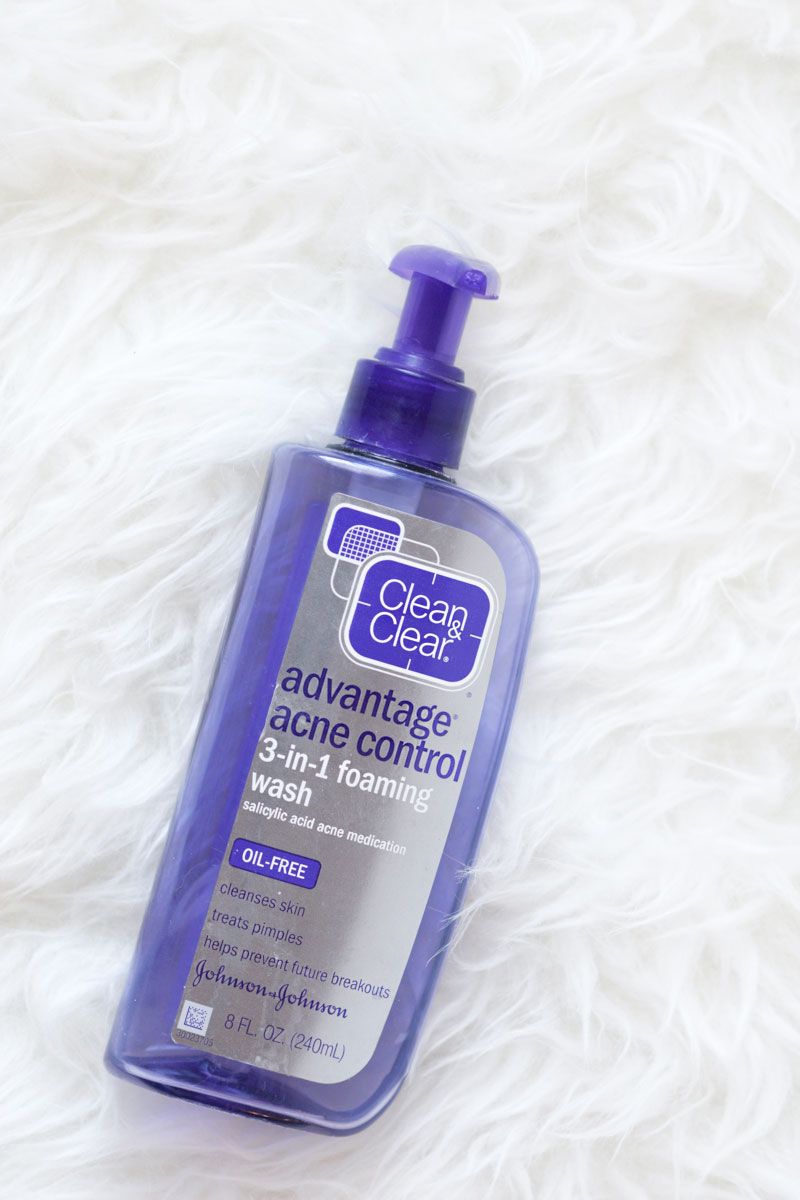 Clean-and-Clear-Advantage-Acne-Control