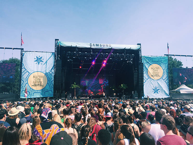 ACL-Festival-2015-Glass-Animals-