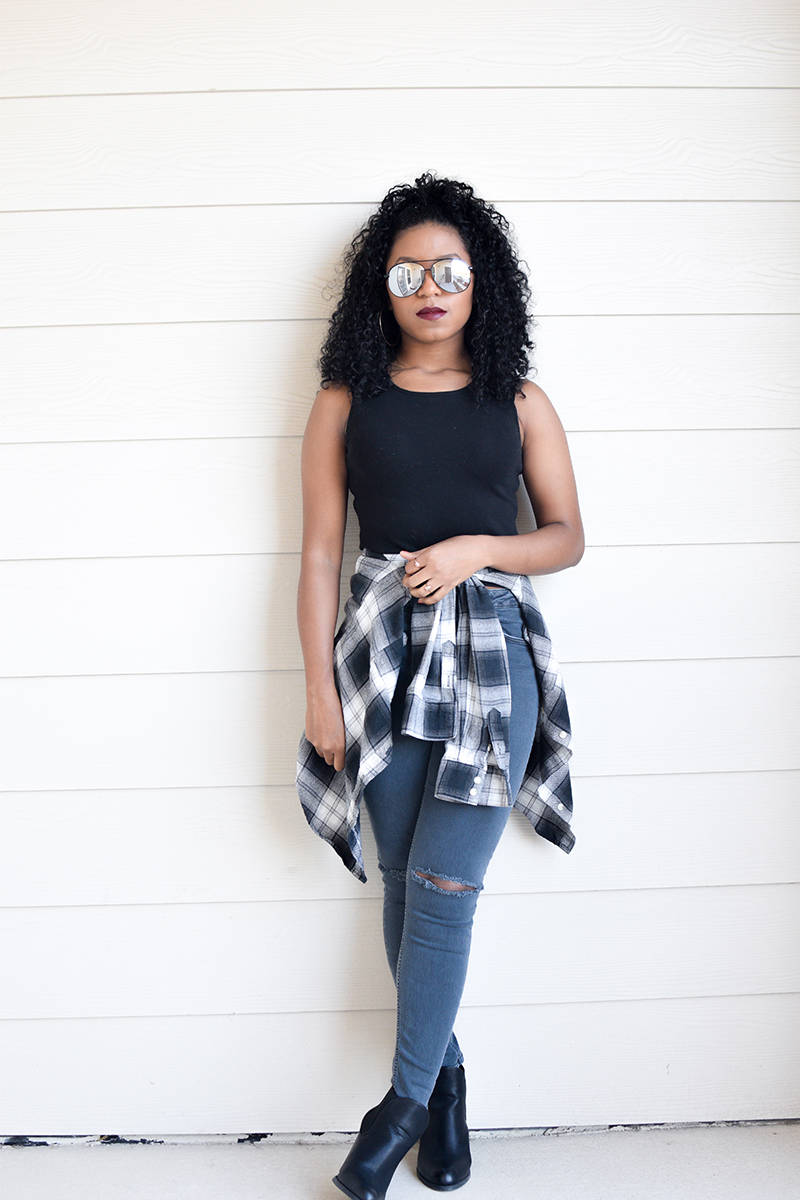 c4106961a75 Black + White Plaid. Styling Crop Tops and Flannel 90s grunge inspired ...
