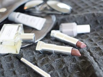 Maybelline-Matte-Bold-Grey-Lipsticks-Swatches-and-Review-4