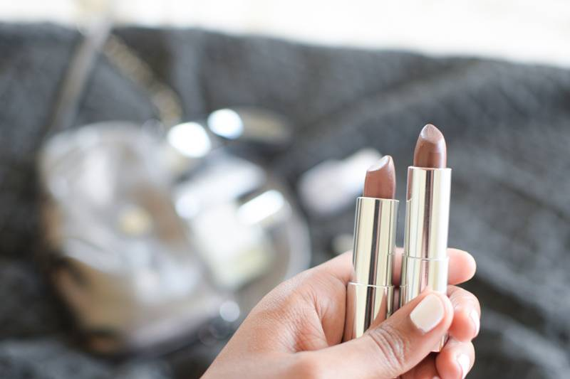 Maybelline-Matte-Bold-Grey-Lipsticks-Swatches-and-Review-6