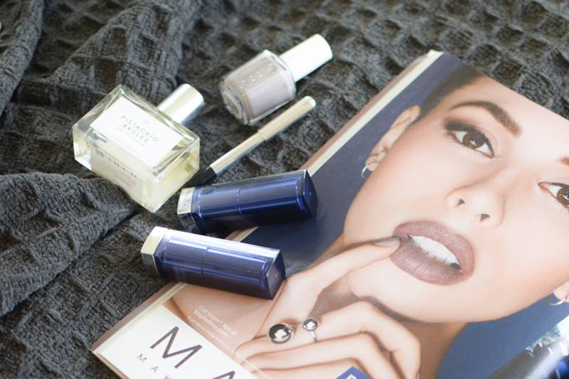 Maybelline-Matte-Bold-Grey-Lipsticks-Swatches-and-Review-9