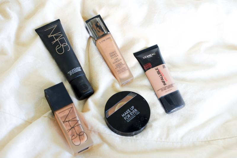Top 5 Foundations for Oily Skin-1-2