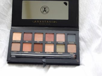 abh-master-palette-by-mario-swatches-and-review