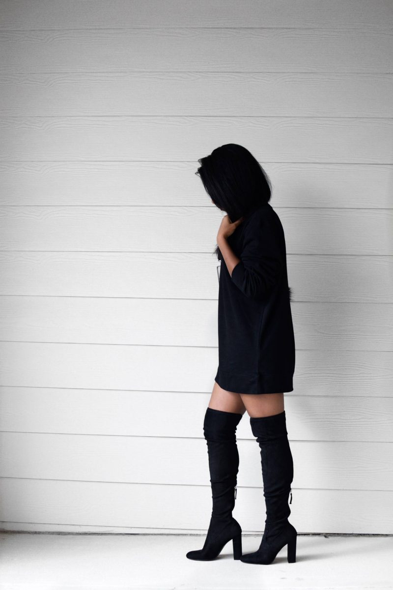 sweatshirt-and-thigh-high-boots