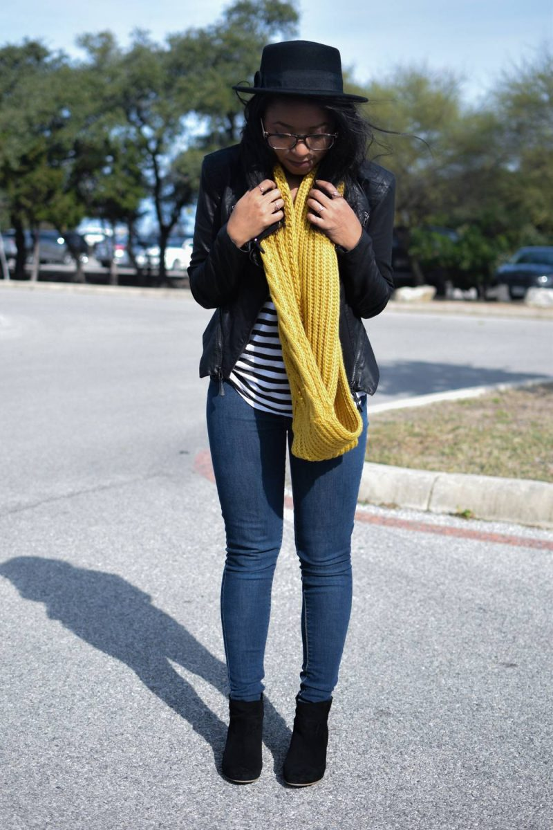 Nordstrom chunky knit scarf outfit