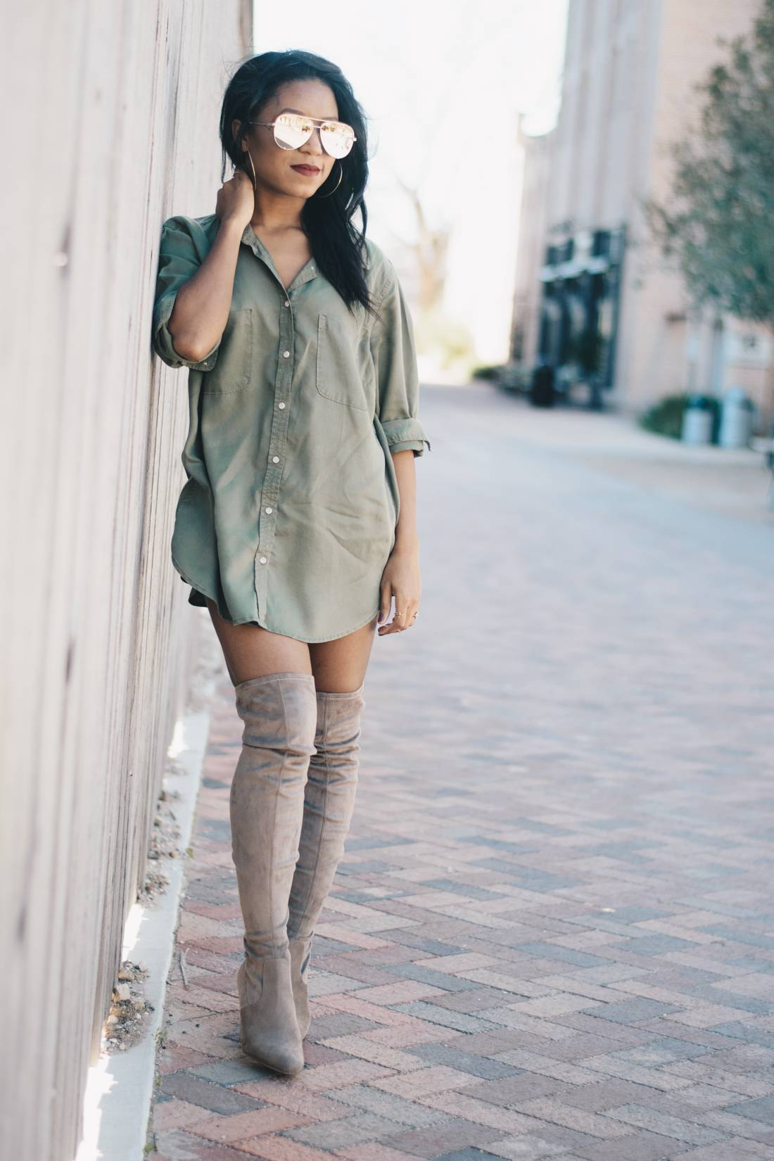 Nude Thigh High Boots And Oversized Shirt 6 Venti Fashion