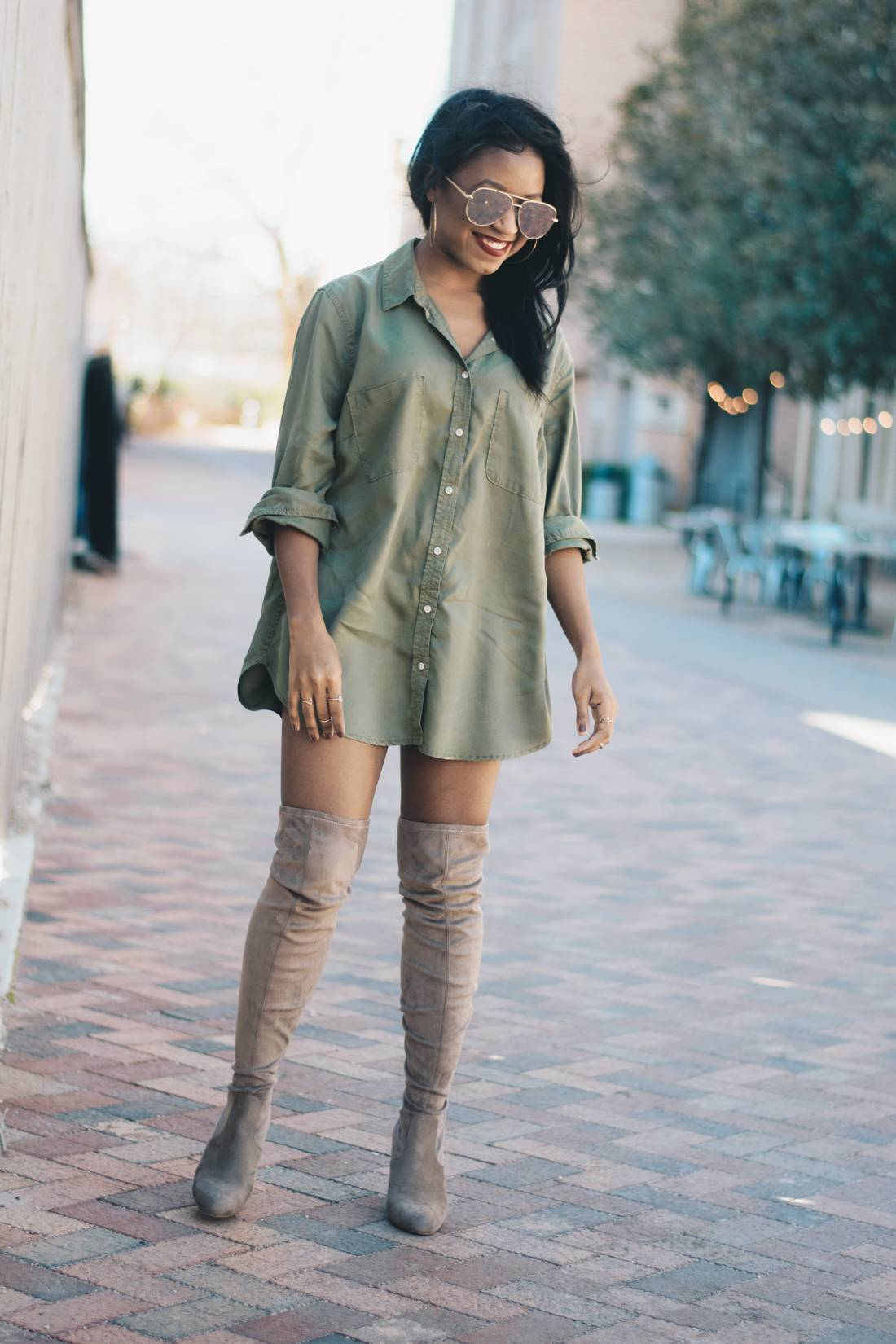 Nude Thigh High Boots And Oversized Shirt 7 Venti Fashion