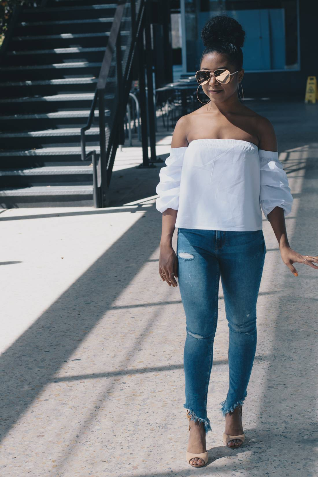 2370891f28c1f Frayed Denim and Off the Shoulder Top Spring Fashion Trend ...