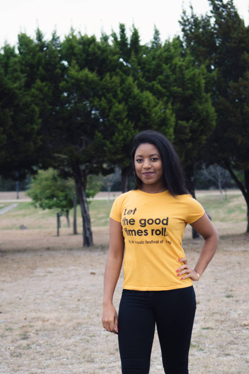 mustard graphic tee outfit