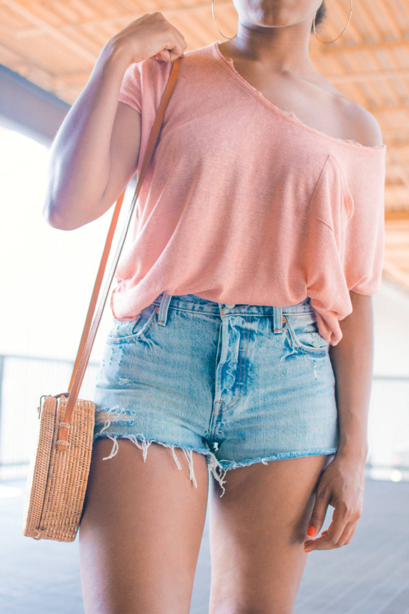 straw bag style outfits